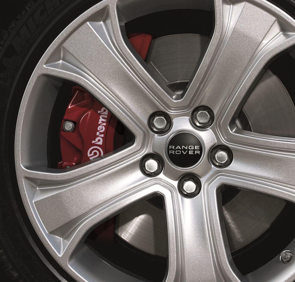 Nowy design Range Rovera Sport na rok modelowy 2013